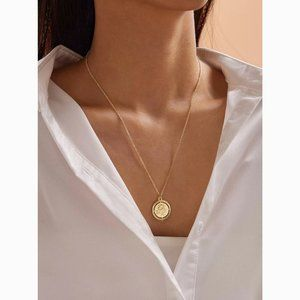 Rose Pendant Dainty Gold Statement Chain Necklace